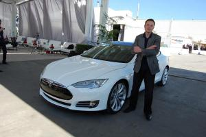 Elon Musk says process for Teslas India entry to begin in January 2021