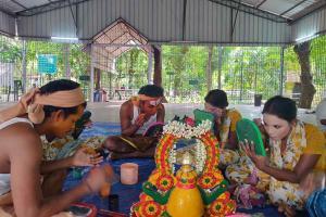 Musician Tenma and others start fundraiser for folk artistes