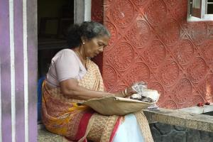 Meals for Rs 20 food delivered to elderly The Hunger-Free project by Kerala govt
