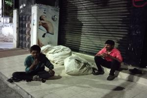 Telanganas sudden lockdown leaves the homeless hungry