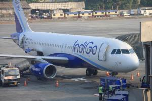 IndiGo to charge passengers Rs 100 to check in at airport counter