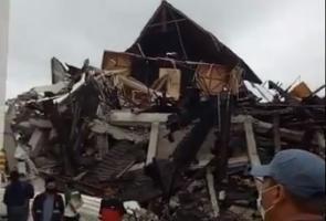 Earthquake of 62 magnitude strikes Indonesias Sulawesi island