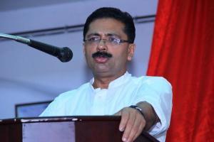 Kerala Minister KT Jaleel to move HC after Lokayukta asks him to quit