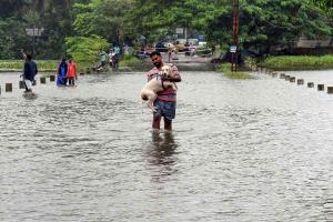Many Kerala districts record heavy rainfall Peermade in Idukki receives 3055 mm