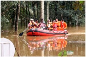 Flood and landslides in Kerala Death toll rises to 42