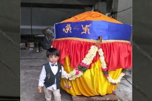 Hyderabads Khairatabad Ganesh offered a 1100 kg laddu on Vinayaka Chaturthi