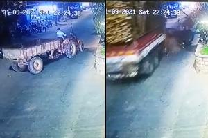 Speeding lorry rams tractor in Telangana accident caught on camera