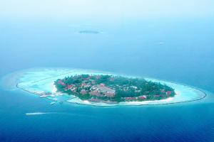 Maldives bans travellers from India other South Asian countries from May 13