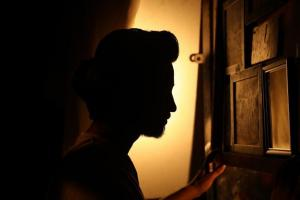 26-yr-old Chennai man arrested for allegedly extorting money gold from women