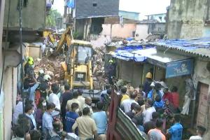Mumbai building collapse 11 including eight children killed seven injured