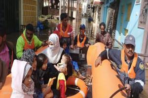 Hyderabad rains trigger flash floods in Baba Nagar area rescue teams at spot