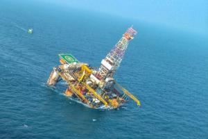 Oil rig tilts off the Andhra coast due to Cyclone Phethai stabilisation work begins