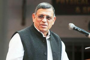 Rajinikanth says not entering politics his advisor Gurumurthy says 1996 will repeat
