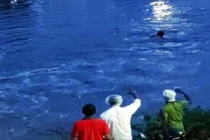 Body of Hyderabad man who was swept away into Saroornagar lake recovered
