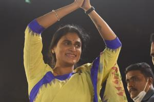 Its official YS Sharmila to launch party in Telangana on July 8
