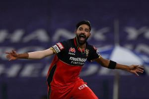 Mohammed Siraj becomes first bowler in IPL history to bowl two maidens in one match
