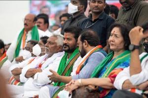 Sonia Gandhi constitutes Congresss political affairs committee in Telangana