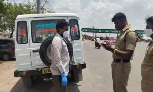 Telangana sets up checkpoints denies entry to COVID-19 patients coming from AP