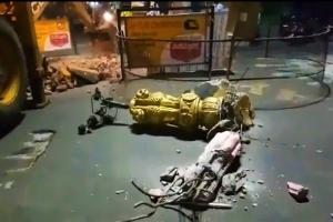 Demolition of historic Three lanterns pillar in Vizianagaram triggers row