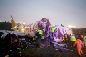 Three dead 179 injured as plane skids off Istanbul airport runway splits into three