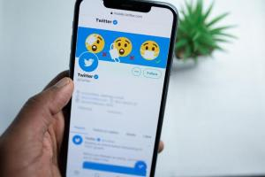 Twitter launches live scorecard for Indian cricket fans