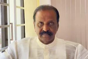 Vairamuthu refuses ONV Award after Academy announces reconsideration of decision