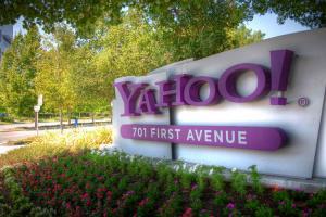 Verizon sells AOL Yahoo properties to Apollo Global in deal worth 5 billion