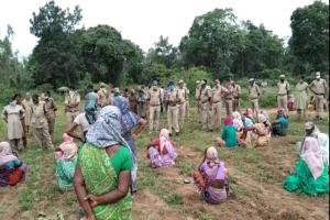 In Telangana Adivasi farmers allege that the govt is reclaiming their farm lands