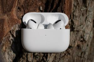 Apple AirPods Pro to OnePlus buds 10 wireless Bluetooth earbuds worth buying