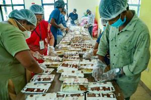 How government local groups are ensuring a hunger-free Kerala