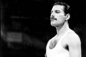 Freddie Mercurys family faith The ancient religion of Zoroastrianism