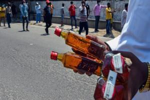 Telangana govt relaxes lockdown timings for liquor shops across state