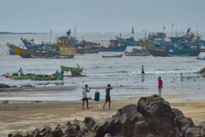 Cyclone Nisarga makes landfall in Maharashtra Mumbai on high alert