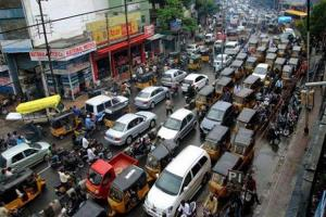 Traffic diversions for 3 months at Hi-tech city to facilitate Hyderabad metro works