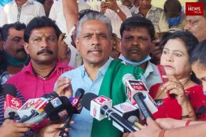 Karnataka RTC workers strike Union leader Kodihalli Chandrasekhar detained