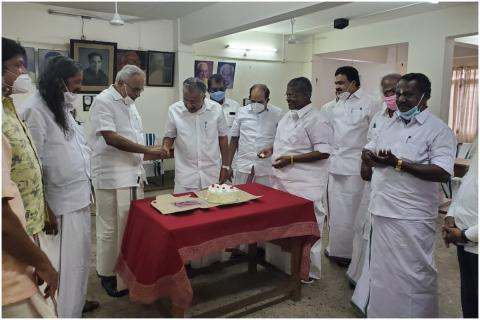 Kerala Left front leaders together at the AKG Centre using with Kerala Assembly elections copy