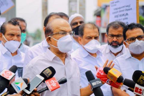 PK Kunhalikutty address the media