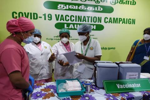 TN medical professionals checking the list for vaccination drive