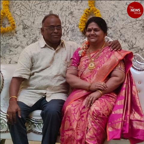 Karnataka man installs life-size statue of his late wife at newly-constructed home