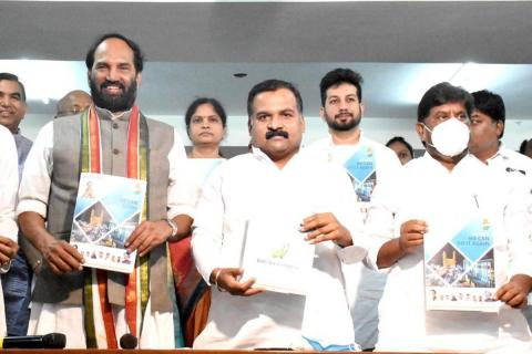 Congress leaders releasing the manifesto for GHMC elections