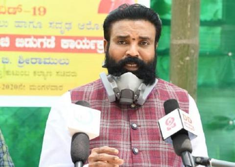Sriramulu addressing an interview