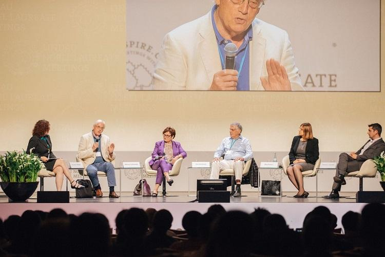 Should scientists intervene in politics Divided opinion among Nobel winners