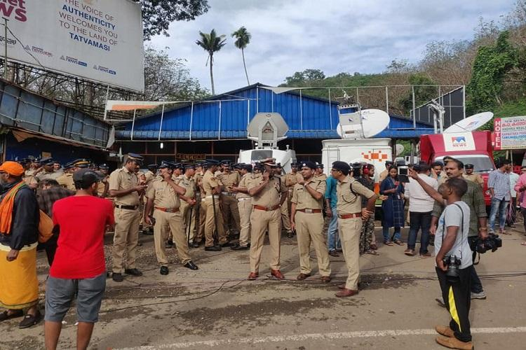 Tension in Sabarimala police dismantle protest tent in Nilakkal early morning