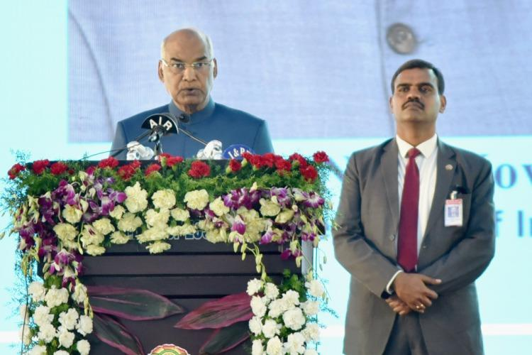Watch President Kovind irked as food distribution disrupts his speech at eco conference