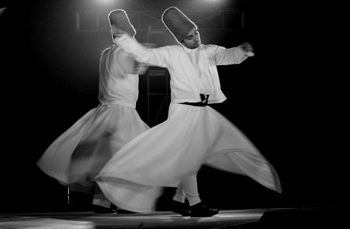 Lessons in religious harmony What we can learn from a Sufi saint and Hindu spiritual leader