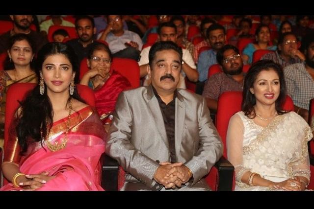 Shruti Haasan had no disagreement with Gautami over costumes