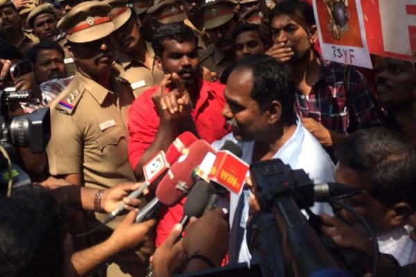 Kovan arrested by TN govt for sedition comes out in support of JNU students