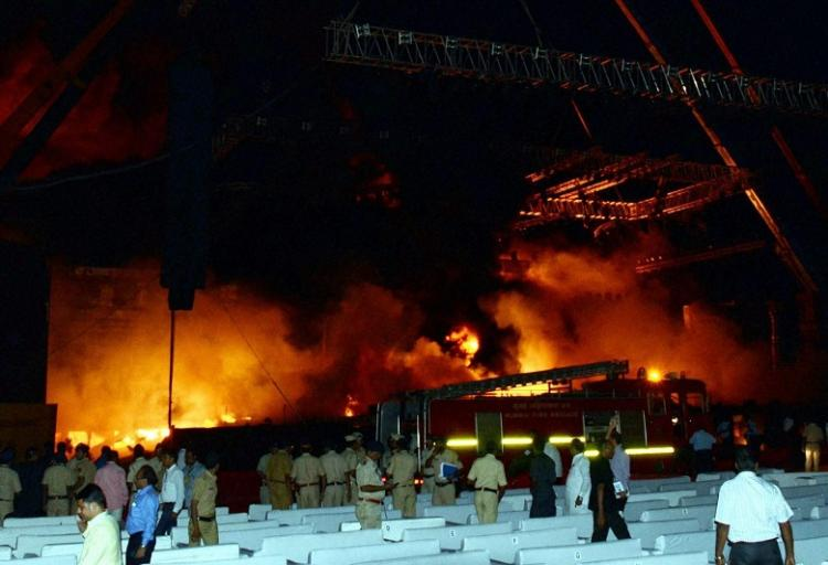Massive fire at Make in India event in Mumbai no casualties reported