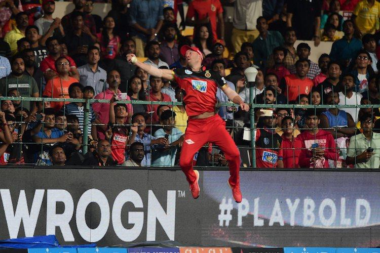 ABs catch was Spider-Man stuff Watch de Villiers one-handed stunner in IPL