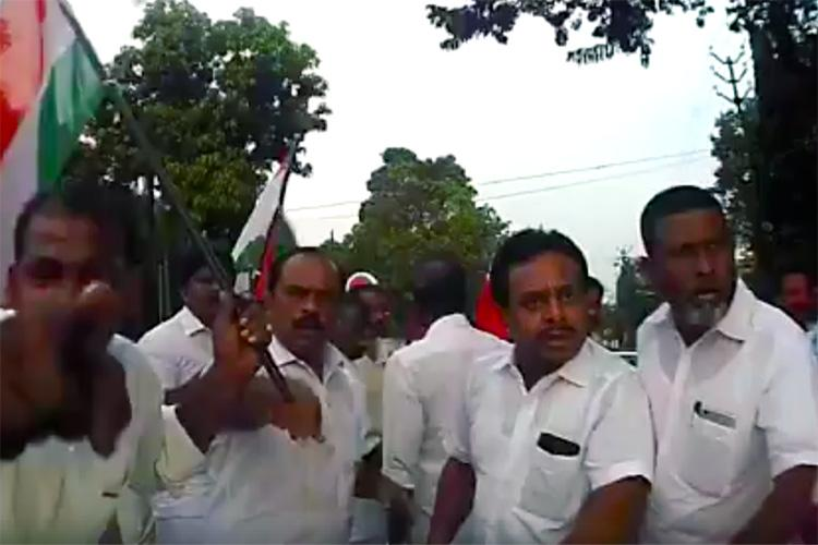 Pregnant womans car stopped vandalised by UDF hartal supporters in Kerala